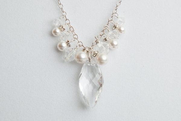 I1222 Drop Necklace