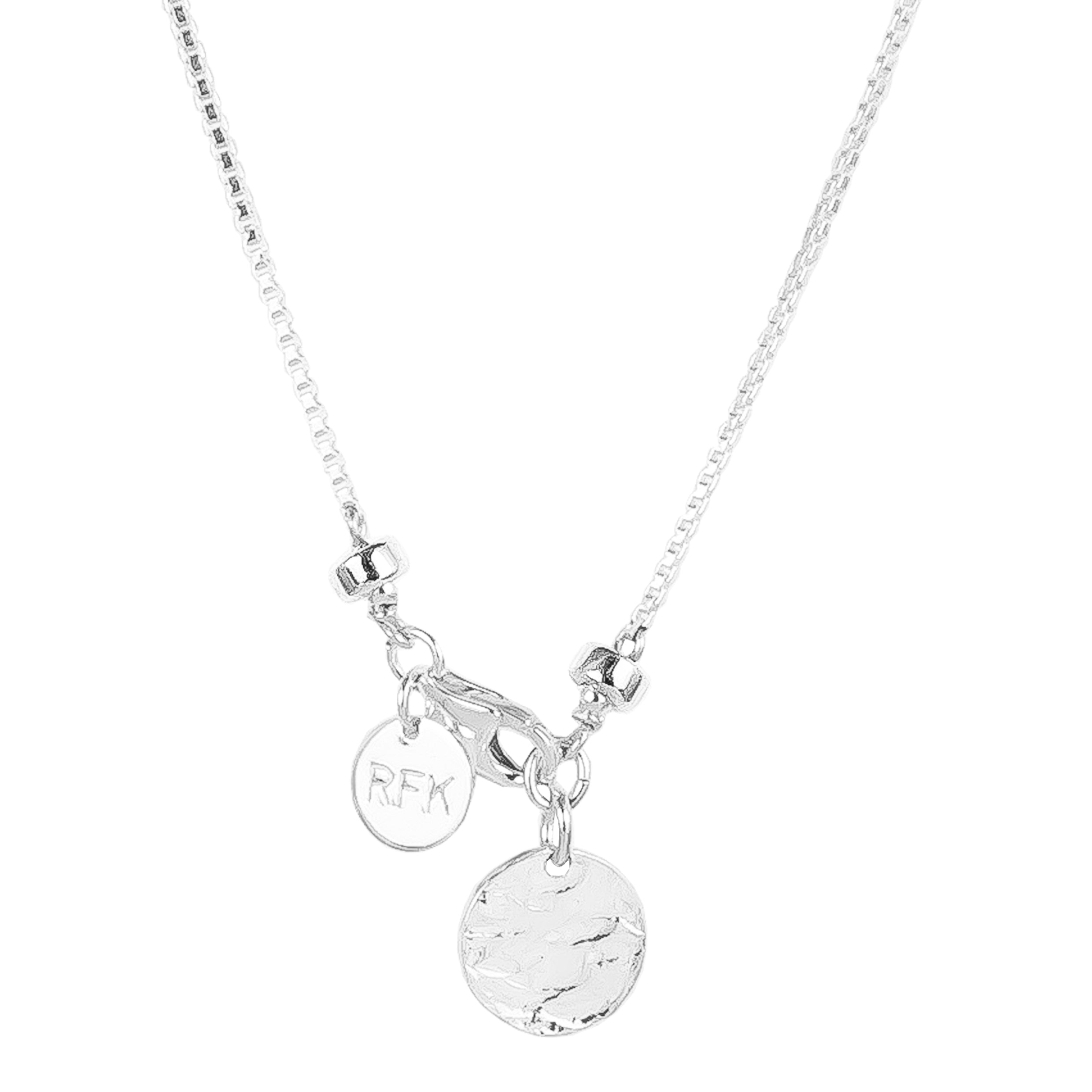 Astra Fine Box Chain Necklace With Hammered Disc | Silver Disc And Detail