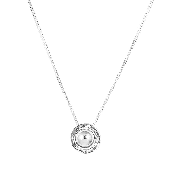 Atticus Medium Necklace | Polished Silver Detail