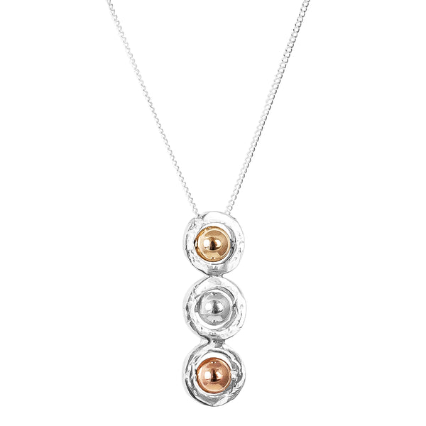Atticus Tri Feature Necklace | Polished Detail