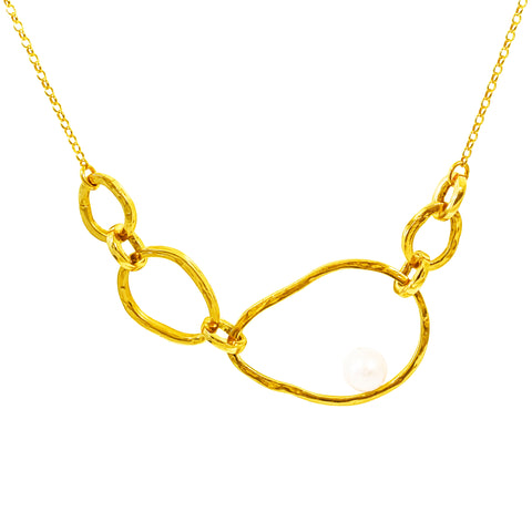 Gia Necklace | Gold With Pearl Detail