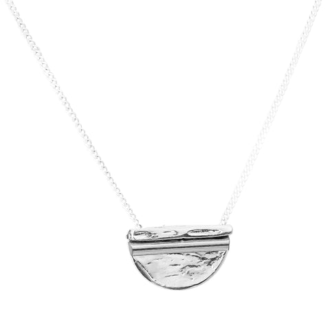 Inez Medium Necklace | Polished Silver Detail