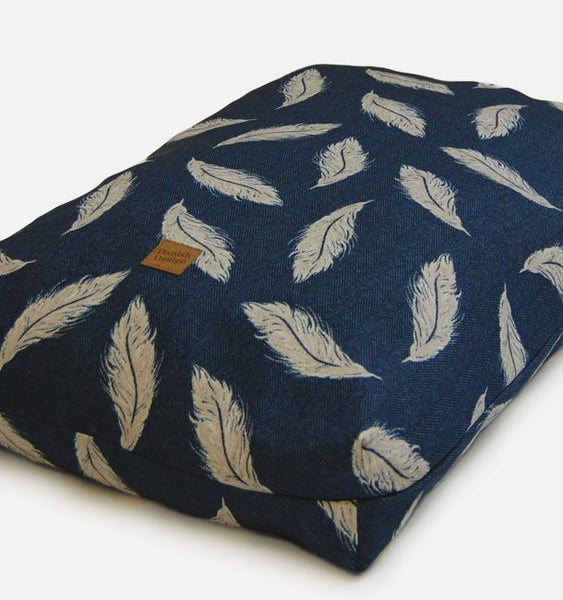 Retreat Dog Bed - Navy/ Stone