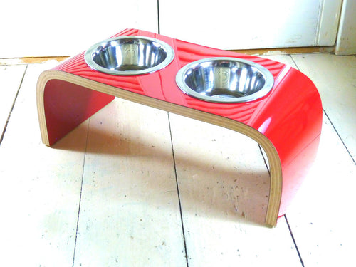 Red Gloss Dog Bowl Holder - Curved - Jolly and Bea's - 1