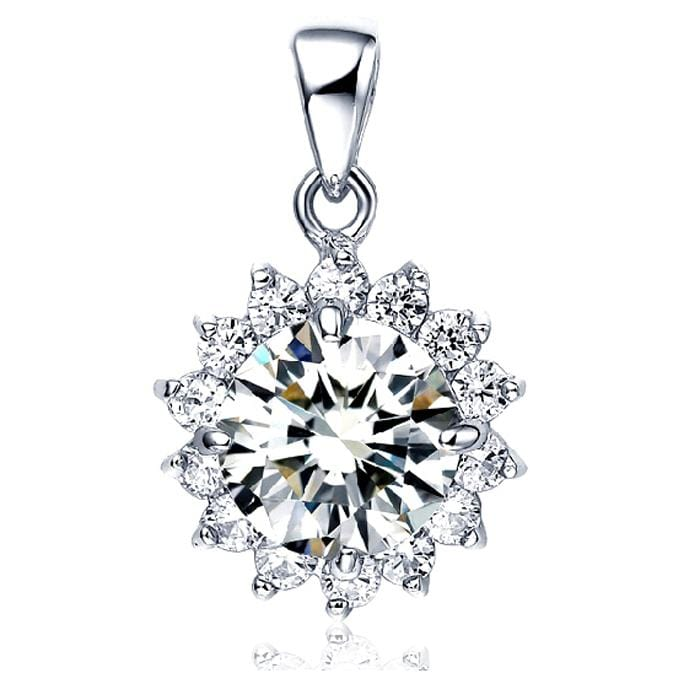 Necklaces | Clear Gem Star Styled Pendant - mewe-jewelry.com