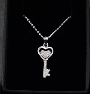 Silver Necklaces | Stoned key Pendant