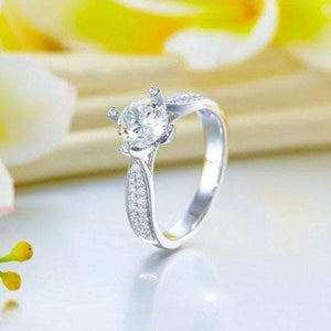 14K White Gold 1 Carat Forever One Moissanite Diamond Ring