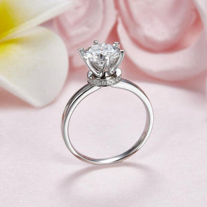 2 Carat Moissanite (8 mm) 6 Claws Diamond Ring