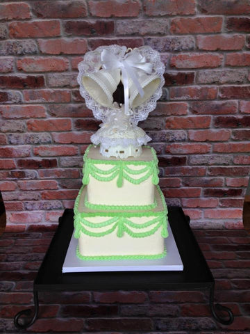 Retro Wedding Cake