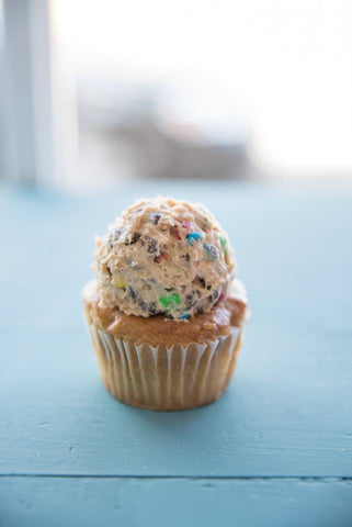 Monster Cookie Cupcake (6)