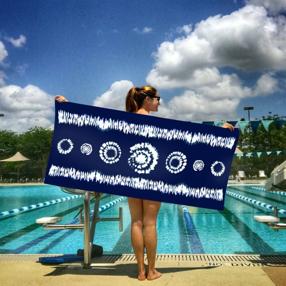 snappy eco collection sport towel woman at pool
