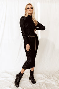 Minimalist Black Ribbed Midi Dress