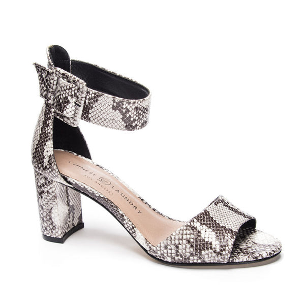 Rumor Black & White Snake Heel