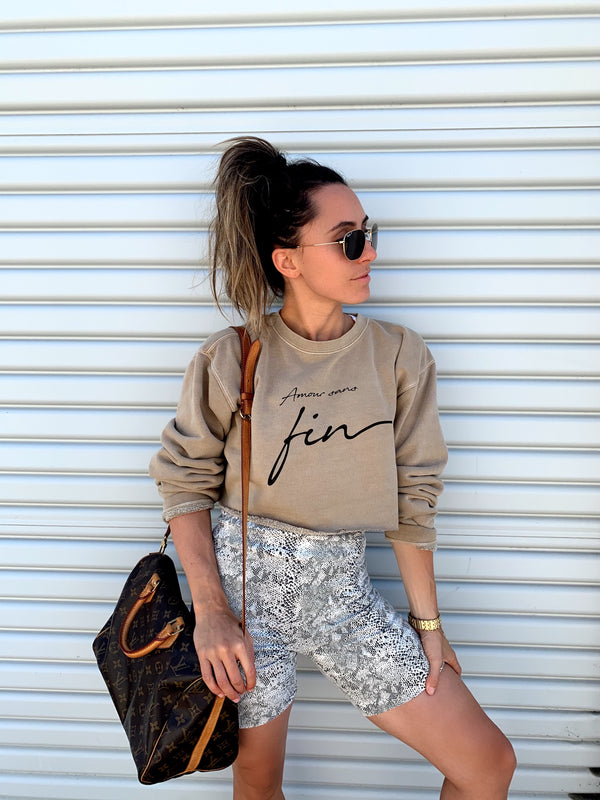 Amour Sans Fin Cropped Sweatshirt