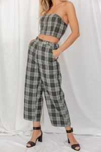 Weekend Muse Plaid Pants