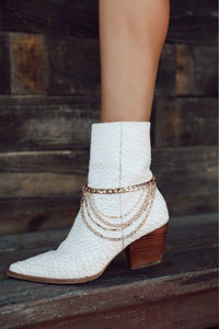 Step by Step Gold Boot Chain