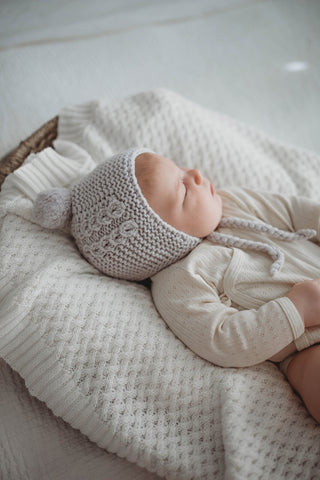 Snuggle Hunny Kids - Grey 100% Mario Wool - Bonnet & Booties - Eco Child
