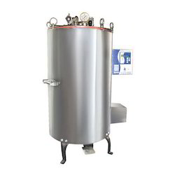 Automatic Vertical Autoclave by Biotechnics India