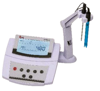 Benchtop pH / mV / C Meter
