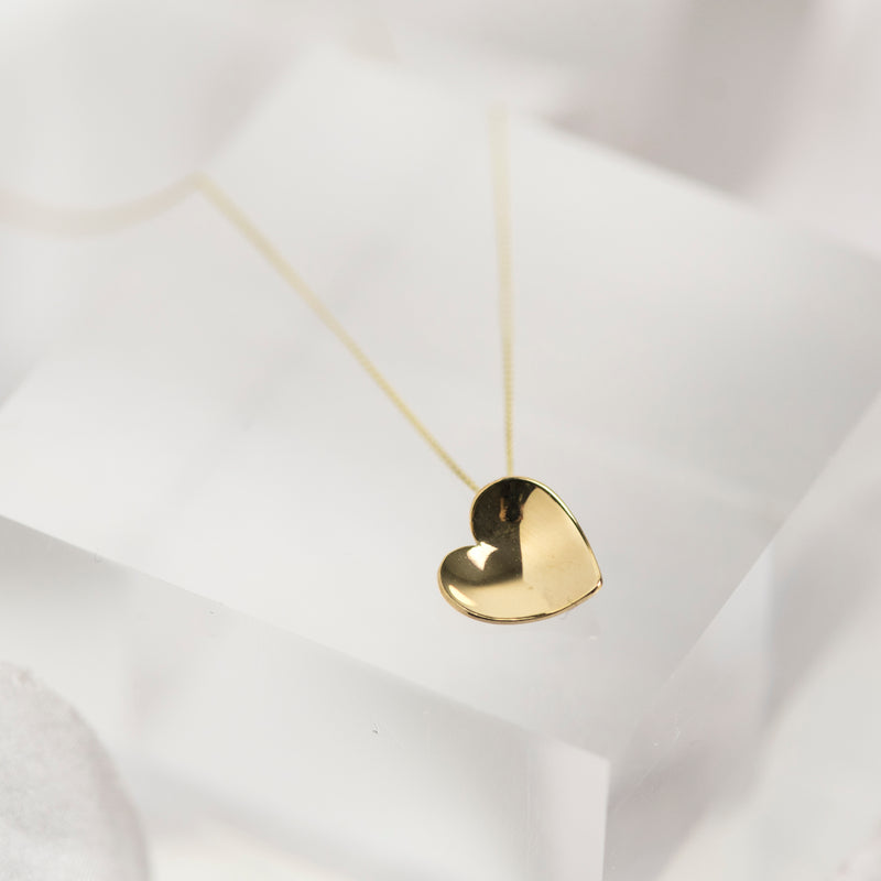 Solid 9 carat yellow gold heart necklace