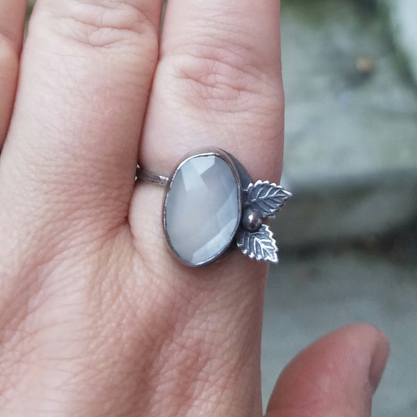 Leaf Peeper Moonstone Ring - Verdilune
