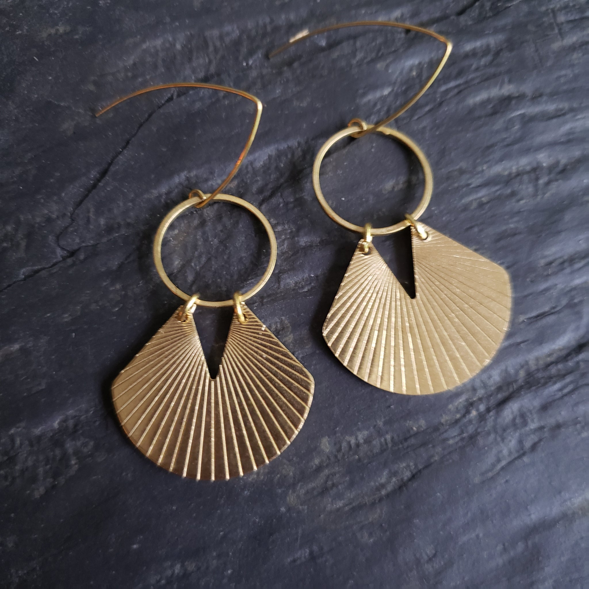 OXOX Ridged Brass Earrings