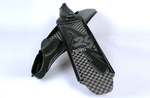 C4 Mustang 729 Fins from C4 - Red Triangle Spearfishing