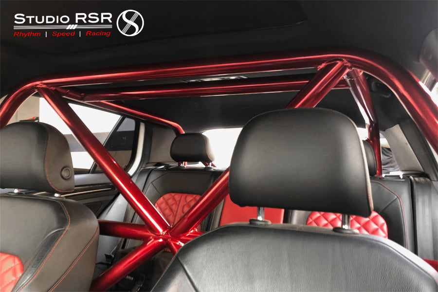 Max's MK7 Roll Cage by StudioRSR
