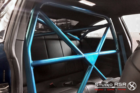 StudioRSR BMW 2-Series roll cage / roll bar