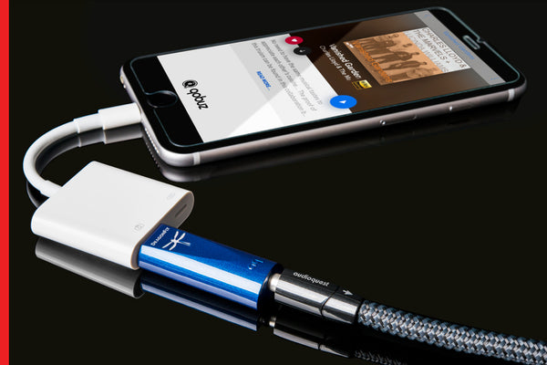 AudioQuest DragonFly Cobalt USB DAC + Preamp + Headphone Amp