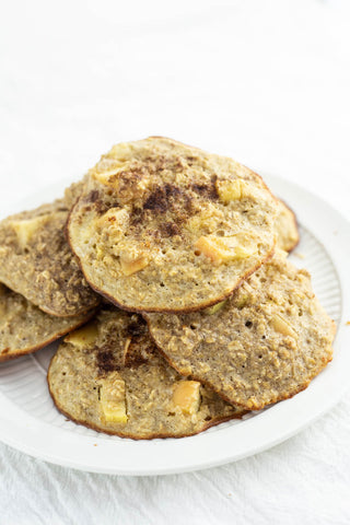 apple cinnamon protein cookies