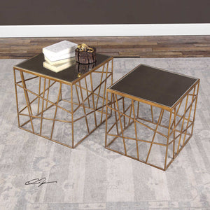 1256-Center Accent table Square