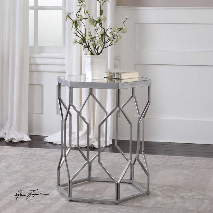 Stellen Accent Side table
