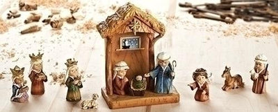 11 Piece Stable and Nativity Set (8