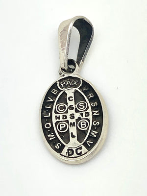 St Benedict Handcrafted Oval Sterling Silver Medal (1/2