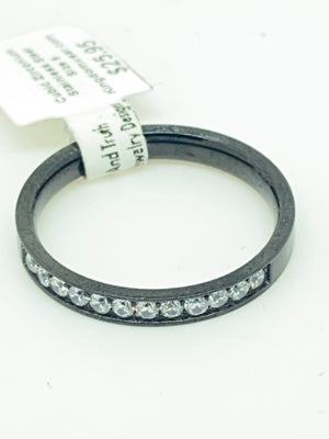 Lady's Ebony Princess Cut