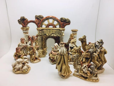 12 Piece Gold-Toned Nativity Set (8 3/4