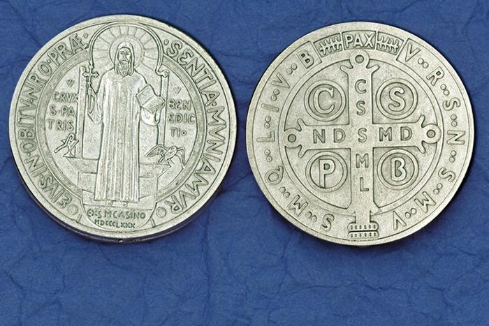 St. Benedict Italian Pocket Token Coin - Unique Catholic Gifts