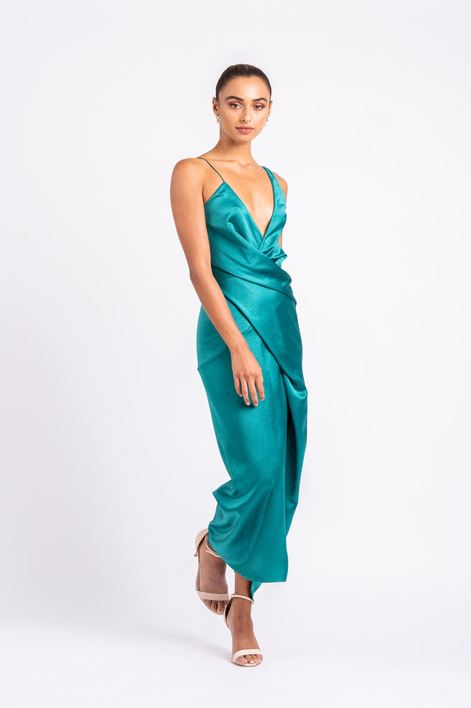 THE STATUS DRESS IN JADE