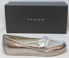 TAHARI Women's Sadie Boat Shoe - Silver Leather - Sz 6.5M - MSRP $98
