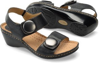 SOFTSPOTS Women's •Pamela•  Wedge Sandal - ShooDog.com