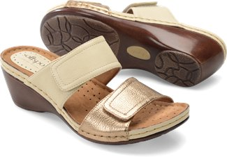 SOFTSPOTS Women's •Pamana•  Wedge Slide Sandal - ShooDog.com