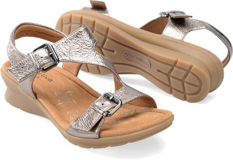 COMFORTIVA Women's •Kay• Wedge Sandal