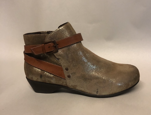 Women's Comfortiva •Ryder• Buckle Strap Bootie -Size 8W-  ANTHRACITE