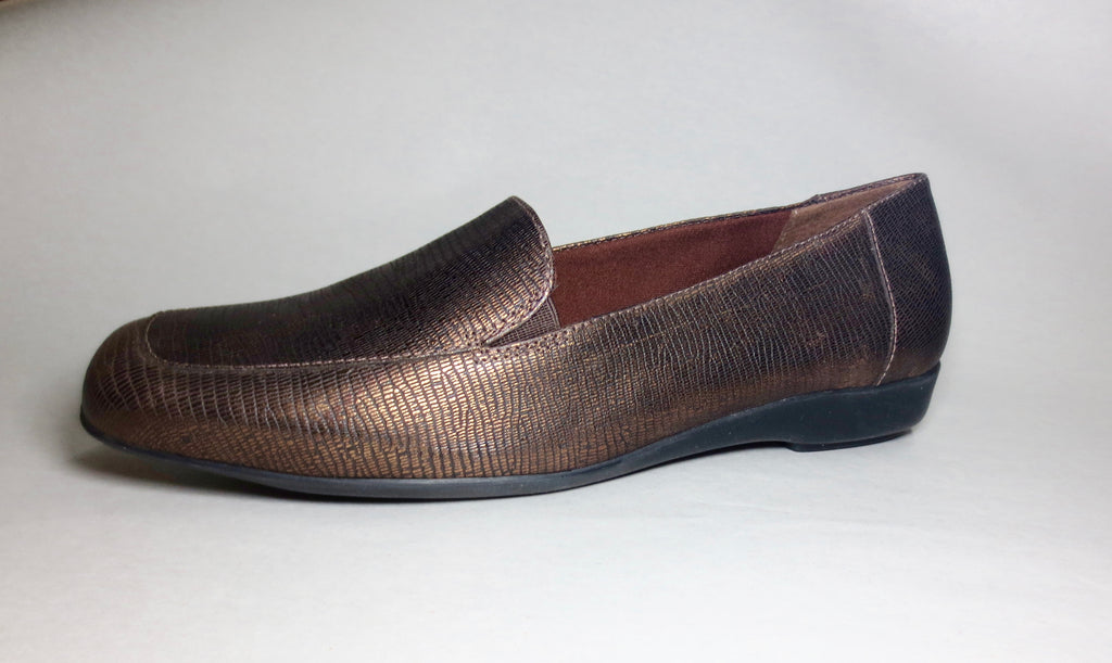 Women's Walking Cradles •Trump• Leather SLip-on - ShooDog.com