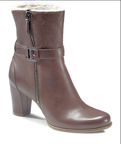 ECCO Women's Pretoria  •Brown Leather• Mid-Cut Bootie