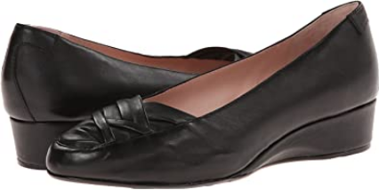 TARYN ROSE Women's •Faulk• Slip-on Wedge