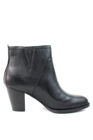 SOFFT Women's West •Black Leather• Mid Heel Ankle Boots - ShooDog.com