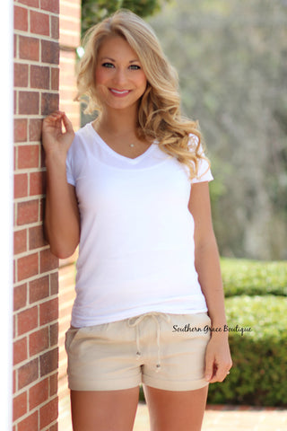 Classically Cute Linen Shorts - Taupe
