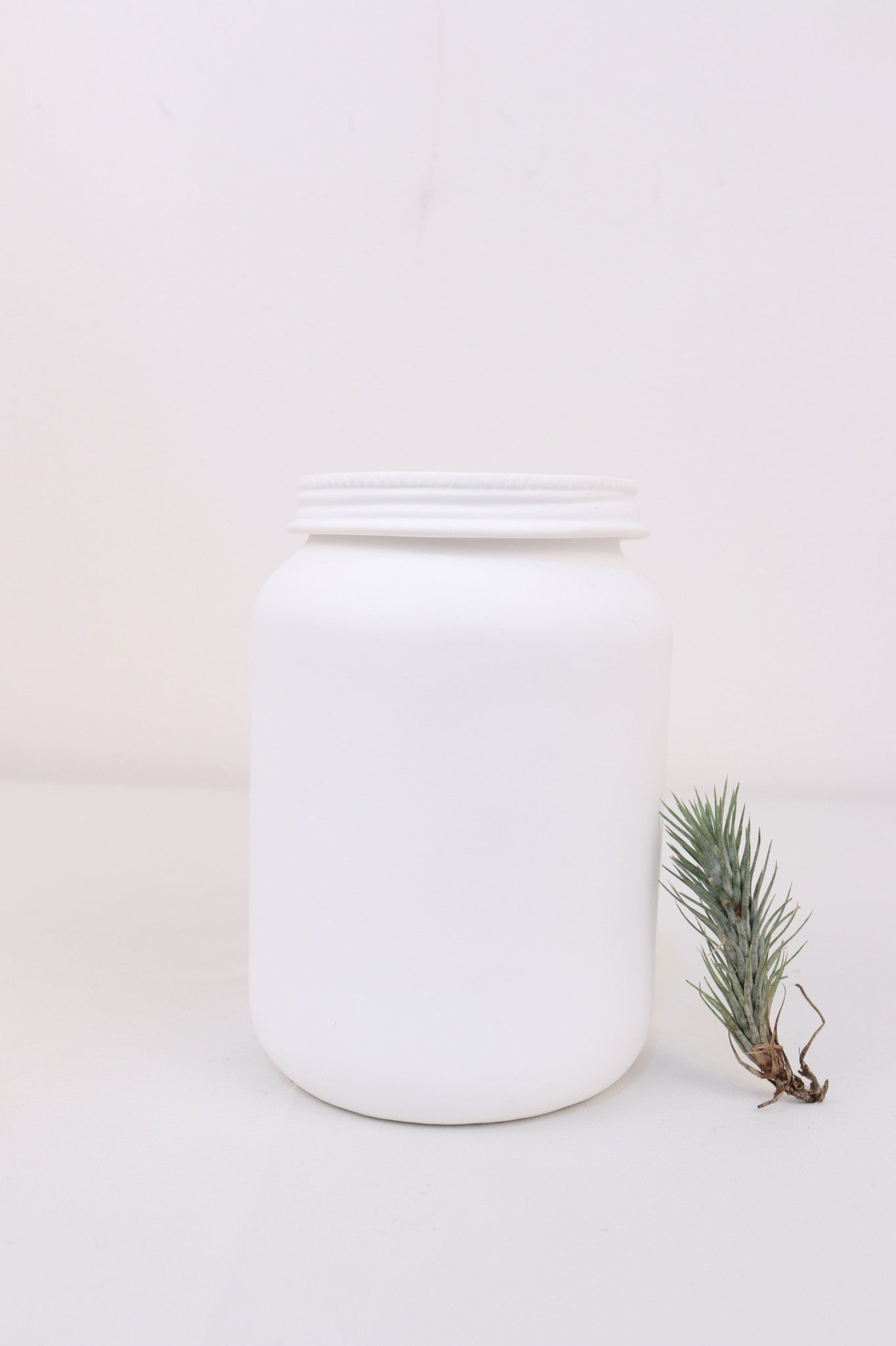 Bone China Jar